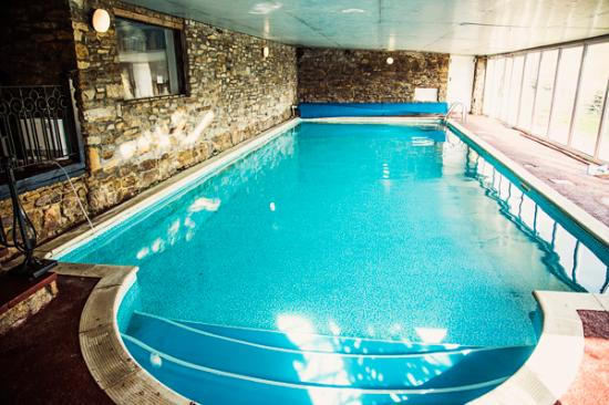 Indoor heated pool picture of scotchcoulthard self catering holiday cottages haltwhistle for Holiday lets with swimming pools