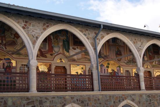 Troodos, Kypros: Chiostro