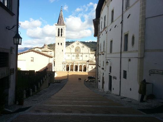 Duomo Spoleto : Duomo di Spoleto