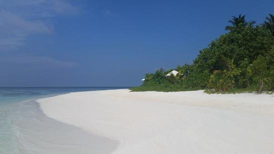 Nord Ari Atoll: West side of Kandolhu