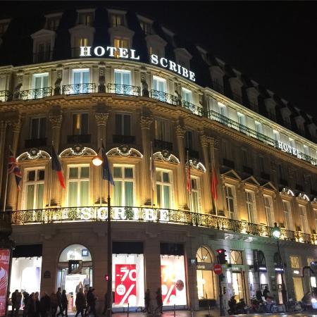 Fa Ade Of The Palais Garnier Opera House Place De L 39 Op Ra