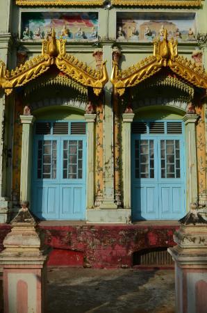 Monywa, Myanmar: Thanboddhay Pagoda