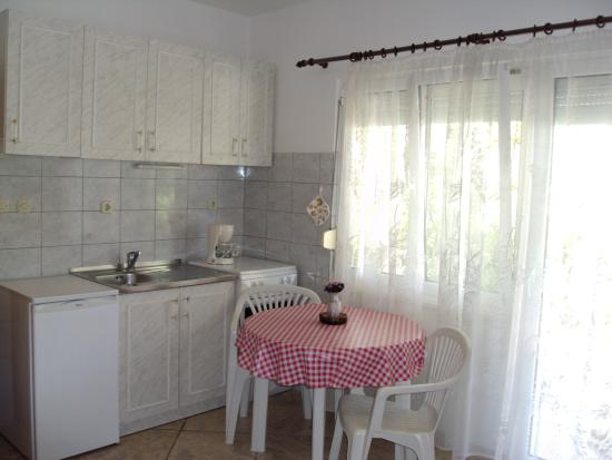 Marina, Chorwacja: A1 apartment -kitchen