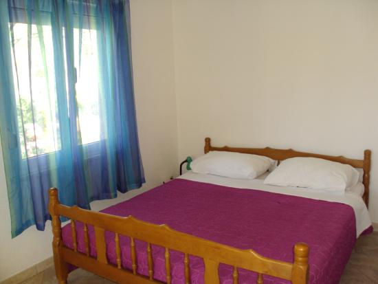 Marina, Chorwacja: A1 apartment- bed
