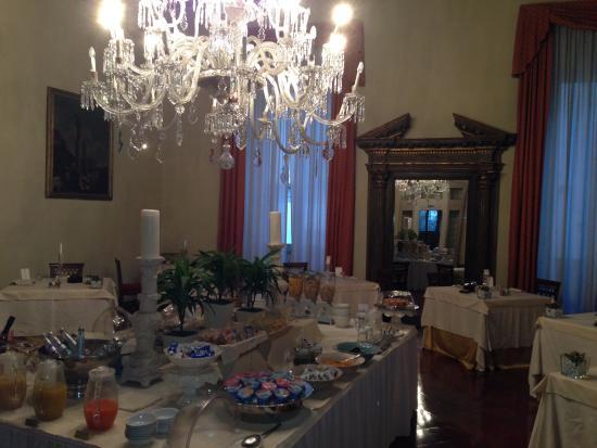 Palazzo Magnani Feroni: Salle du petit-déjeuner 2ème étage