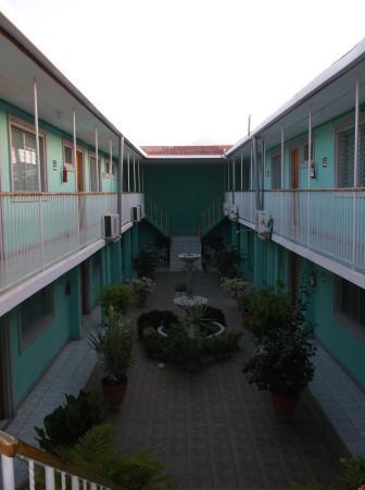 Hotel Jerico: Motel style on 2 stories