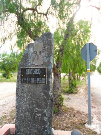 Benejuzar, Испания: Placa en el acceso
