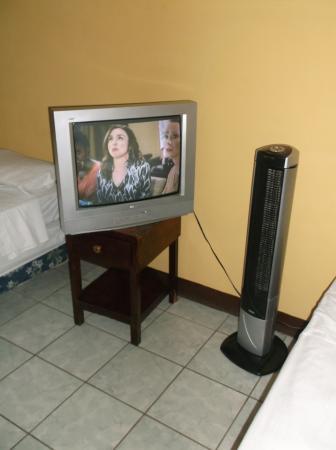 hotel Jericó: TV & ventillateur # 10