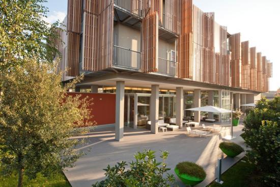 Mod05 Living Hotel : Facciata esterna