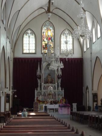 Metal Church: Внутренне убранство церкви