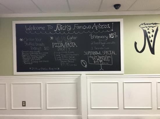 Madison, CT: Nick's Famous Pizza