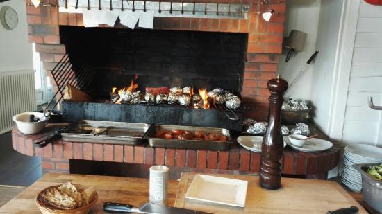Restaurant La Braise sur l'ile du Saussay