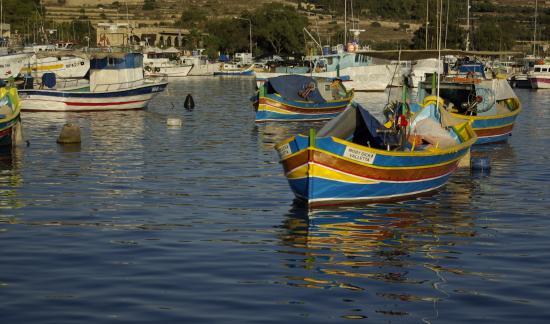 Marsaxlokk, Malta: Le port au soleil couchant