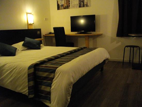 appart 39 hotel residella house le pontet 0. Black Bedroom Furniture Sets. Home Design Ideas