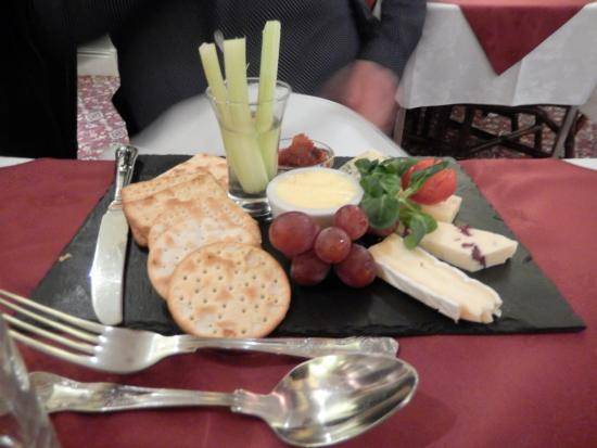 Selby, UK : Cheeseboard