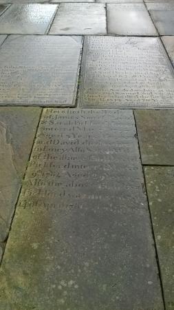 Macclesfield, UK: Flagstones