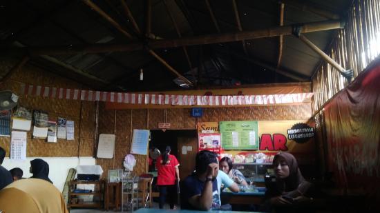 Bantul, Indonésia: suasana di dalam