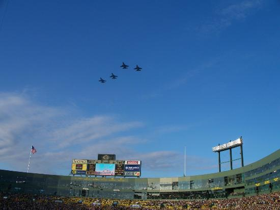 Green Bay, WI : flyover before start of game