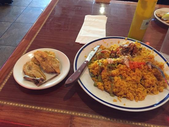 Cafe Madrid : huge portions, enough for two meals, arroz con pollo y tostones
