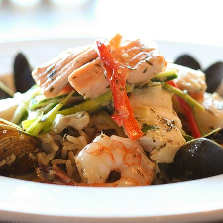 Lower Sackville, Canada: Seafood Medley