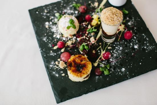 Burton upon Trent, UK: Assiette of desserts