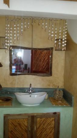 Zawadi Residence: bagno camera Bahari