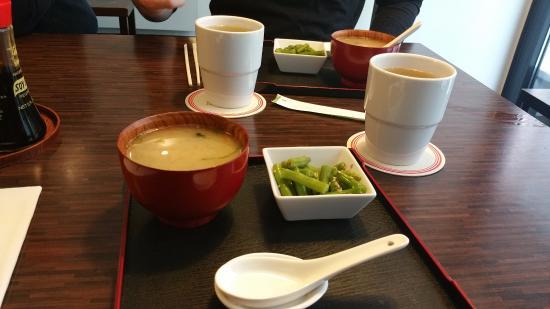 Roppongi Sushi Restaurant: zuppa iniziale