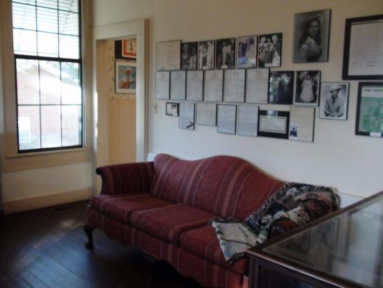 Georgiana, ألاباما: One of the rooms with memorabilia