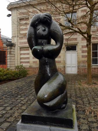 Musee Matisse: Cour antérieure du musée