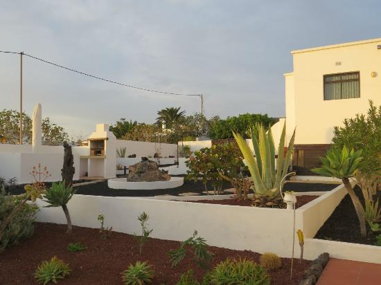 Teguise, Spanje: Behind the house