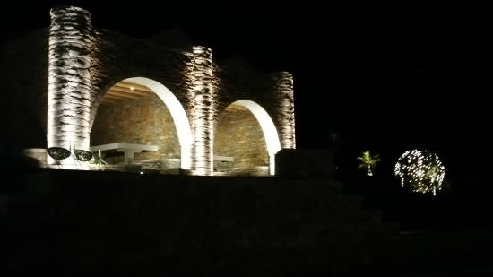 pathos lounge stunning lighting i