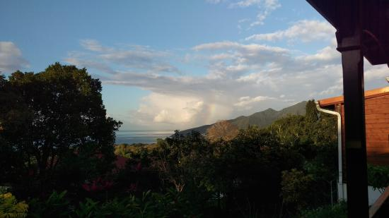 Trois Rivieres, Guadeloupe: Rainbow over Vieux Fort from the porch