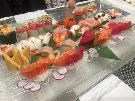 large sushi platter picture of igg international buffet and bar rh tripadvisor com au