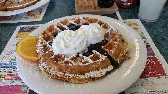 Augie's Omelette & Waffle : 20160207_105353_large.jpg