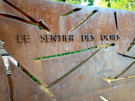 Roussillon, Frankrijk: Entrance to Le Sentier Des Ocres