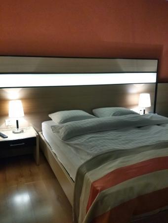 Avenches, İsviçre: Hotel Lacotel