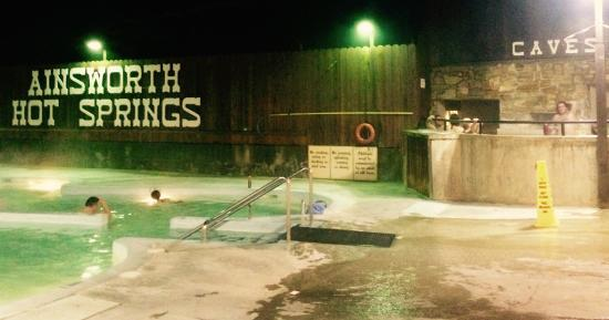 Ainsworth Hot Springs Resort Kallt I Luften Varmt Poolen