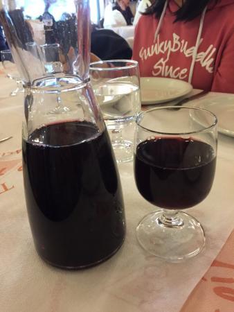 Attica, Grecia: Taverna To Trigono