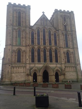 Ripon Cathedral in the day