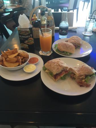 Lucky 13 Sandwich: photo3.jpg