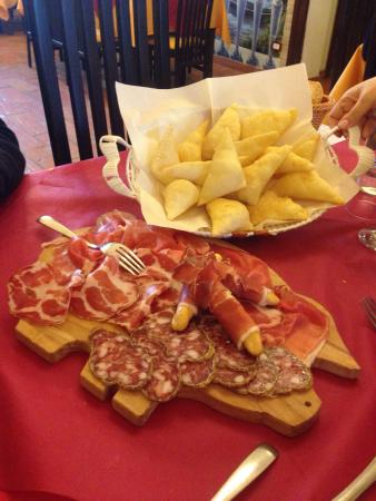 Gattatico, Италия: Agriturismo la Brezza Restaurant