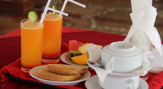 Al Minar : Complimentary Breakfast at Resturant