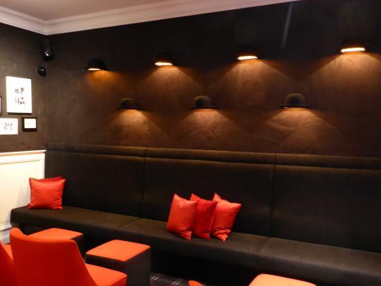 Hotel Prinsenhof Bruges: Le bar