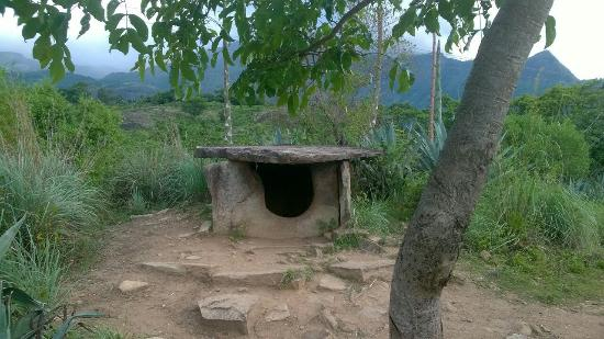 Marayur, Indien: Dolmen of the megalithic era