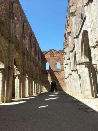Chiusdino, Italia: San galgano...