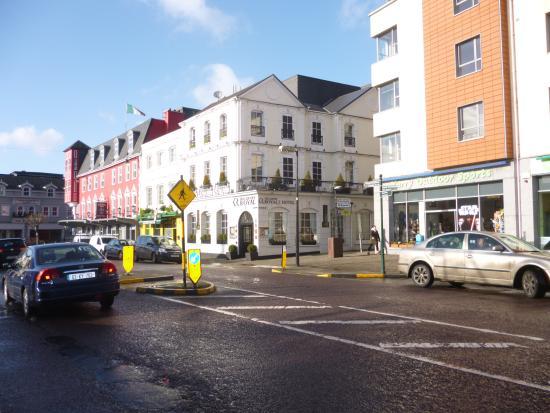 Killarney Royal: Outside