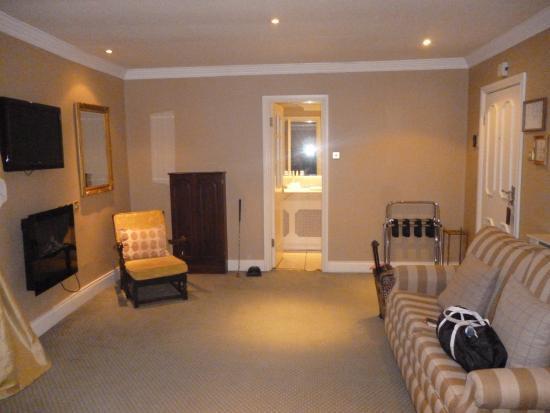 Killarney Royal: The upper divide with en suite