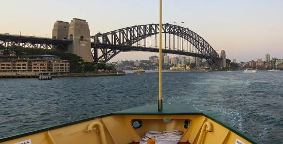 Balgowlah, Αυστραλία: Sydney Bridge photo by Mike Keenan