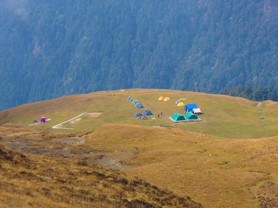 Chamoli, Índia: Our camp in bedni Bugyal