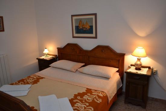 Apartments Vesna Hotel - room photo 2131095